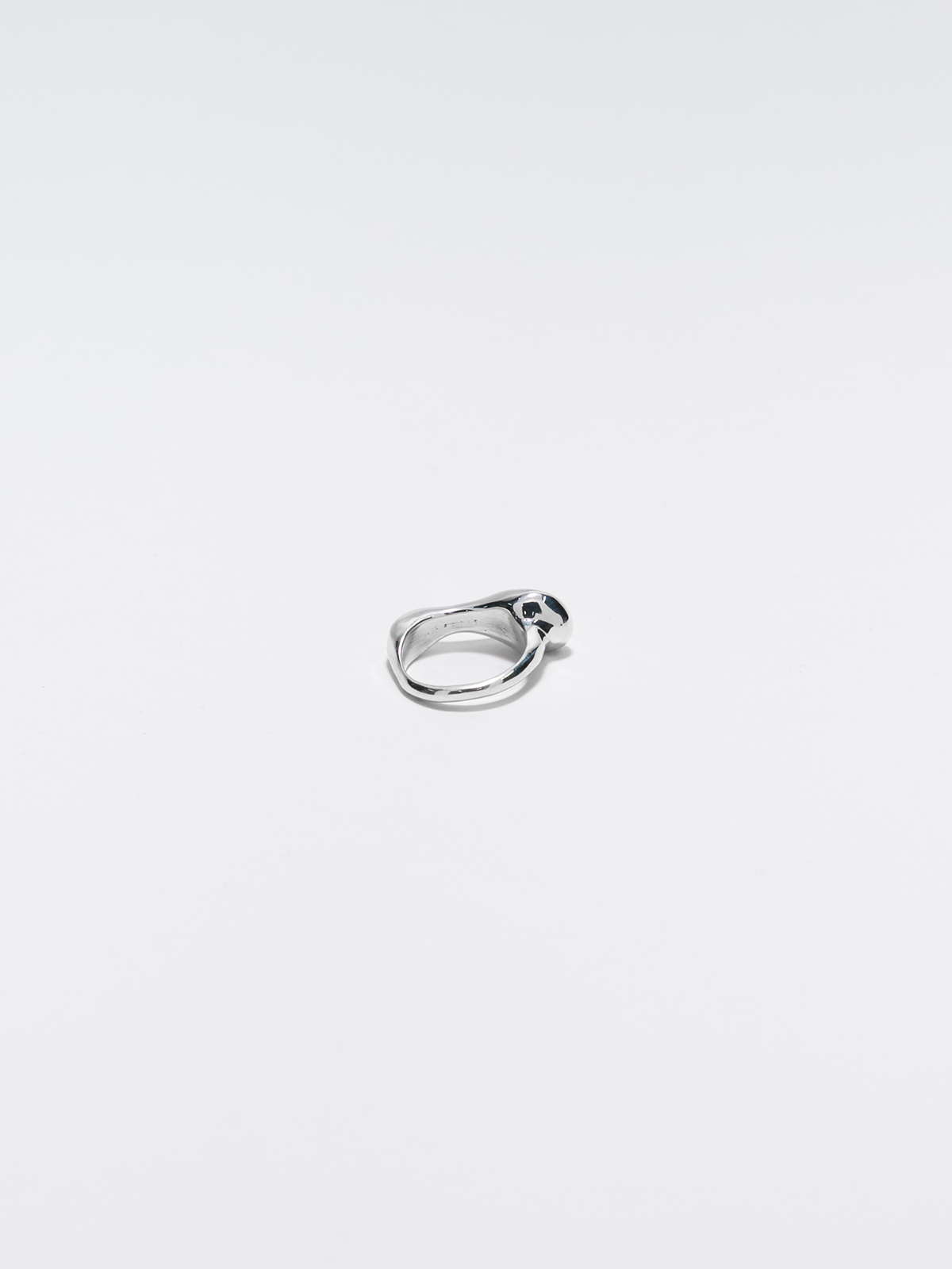 REST_Ring_Silver_1200X1600_3