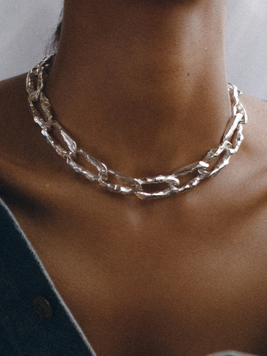 TERRA CHAIN Collar in Silver by FARIS