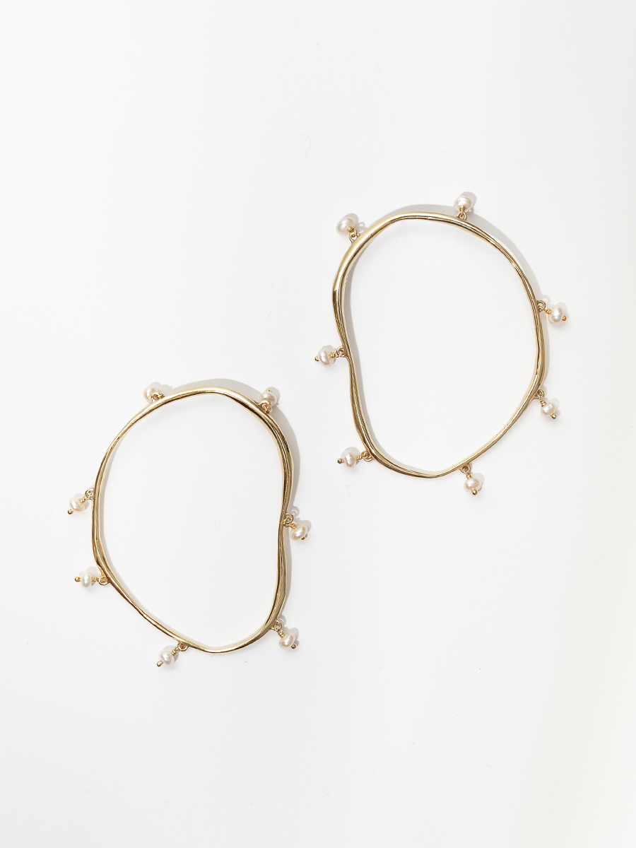 VERRE Hoops in Bronze and Pearl by FARIS