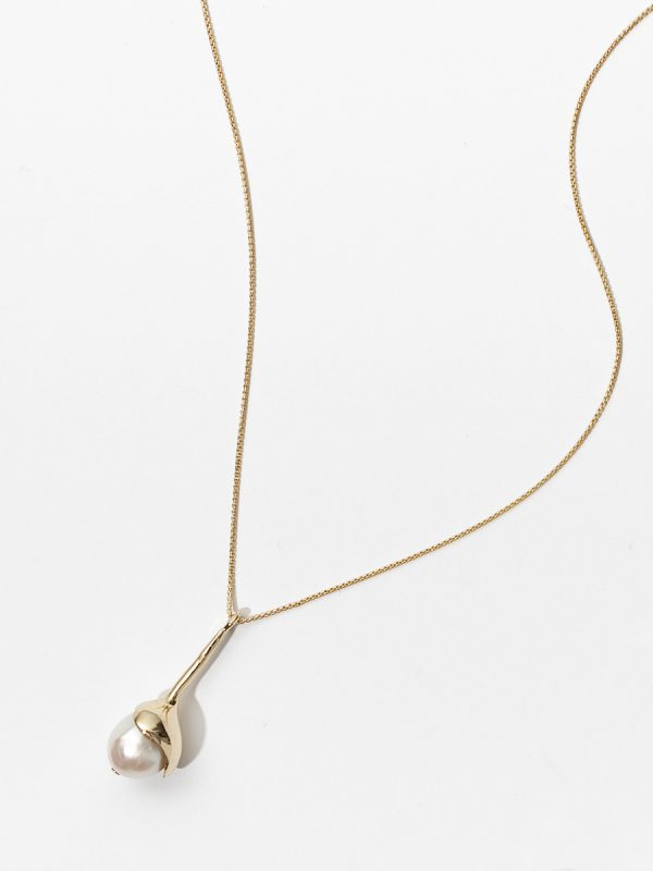 SAPPHO NECKLACE IN BRONZE AND PEARL BY FARIS